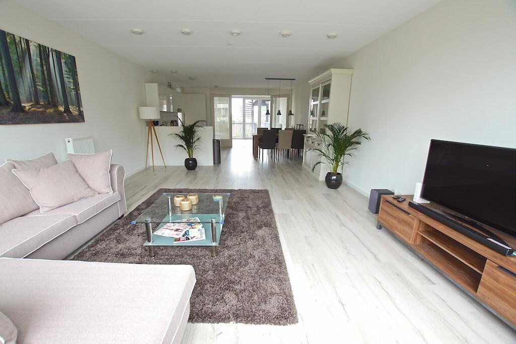 luxe gemeubileerd appartement met 3 slaapkamers nabij het centrum ...